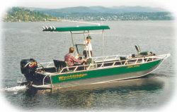 Wooldridge Sport Drifter 23 OB Windshield Boat