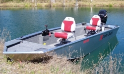 2012 - Xtreme Boats - Brute 140