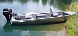 2013 - Xtreme Boats - River Skiff 1642T