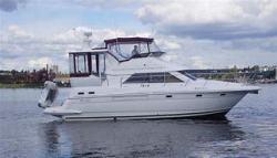 1999 Cruisers Yachts 3750 Merritt Island FL